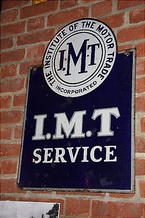 I.M.T. SERVICE - click to enlarge