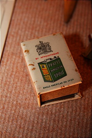 PRATTS MATCHBOX COVER - click to enlarge