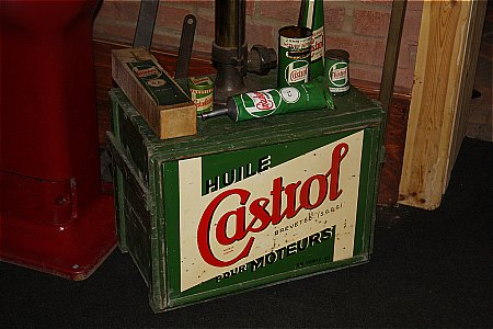 CASTROL OIL CRATE - click to enlarge