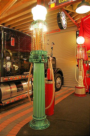 WAYNE 492 COLUMN PUMP - click to enlarge