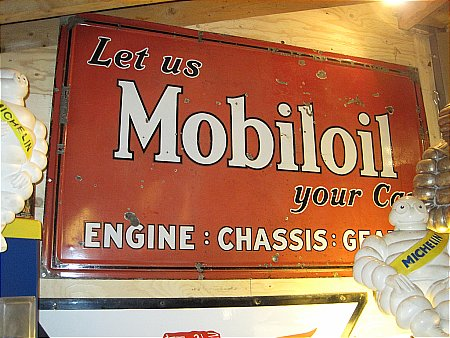 MOBLOIL SERVICE - click to enlarge