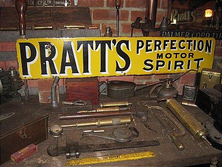 PRATTS MOTOR SPIRIT - click to enlarge