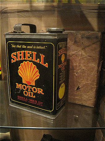 SHELL MOTOR OIL (With wooden packing case) - click to enlarge