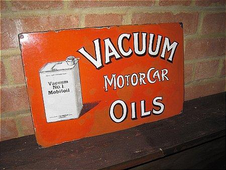 VACUUM MOTOR CAR OILS - click to enlarge