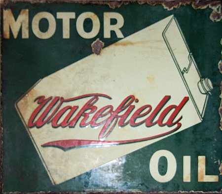 WAKEFIELD MOTOR OIL - click to enlarge