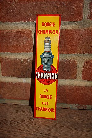 CHAMPION SPARK PLUG FRENCH SIGN - click to enlarge