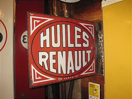 HUILES RENAULT (OIL) - click to enlarge