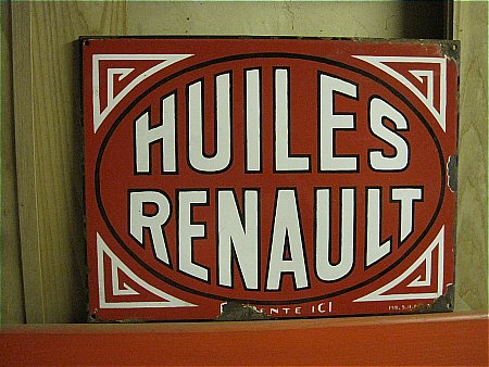 HUILES RENAULT - click to enlarge