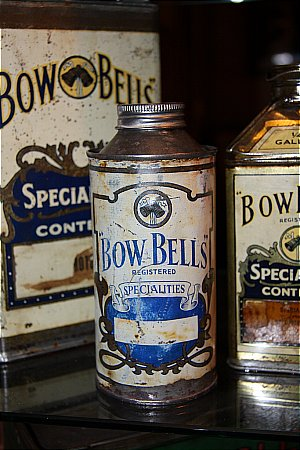 BOW BELLS PINT OIL CAN. - click to enlarge