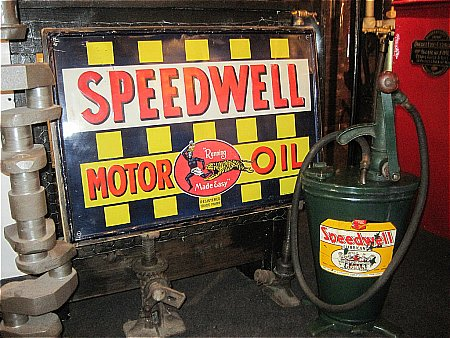 SPEEDWELL GEAR OIL DISPENSER - click to enlarge