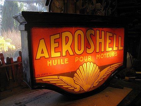 AEROSHELL LIGHTBOX - click to enlarge