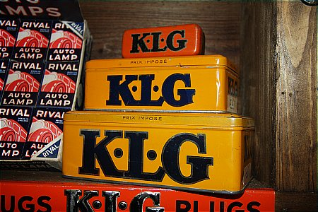 KLG SPARK PLUG TINS. - click to enlarge