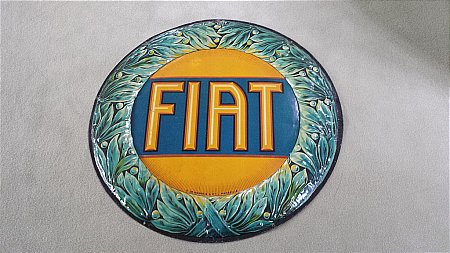 FIAT STUNNING EARLY SIGN. - click to enlarge