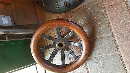 VICTORIAN PULLEY WHEEL - click to enlarge