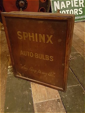 SPINX BULB CABINET - click to enlarge