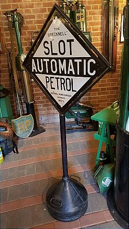 BRECKNELL AUTOMATIC PETROL - click to enlarge