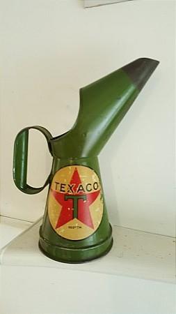 TEXACO QUART POURER - click to enlarge
