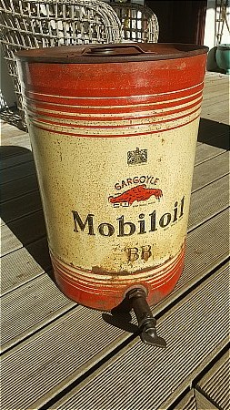 MOBIL BB TEN GALLON CAN - click to enlarge