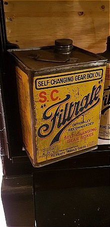 FILTRATE 5 GALLON S.C. OIL CAN - click to enlarge
