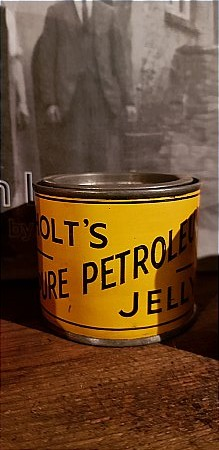HOLTS PETROLEUM JELLY - click to enlarge