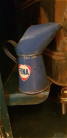 FINA HALF PINT POURER - click to enlarge