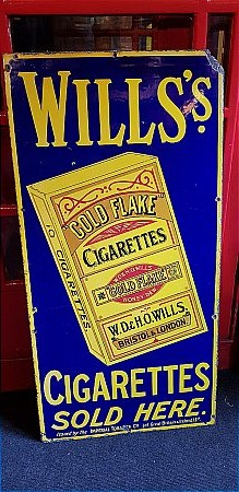 WILLS GOLD FLAKE CIGARETTES - click to enlarge