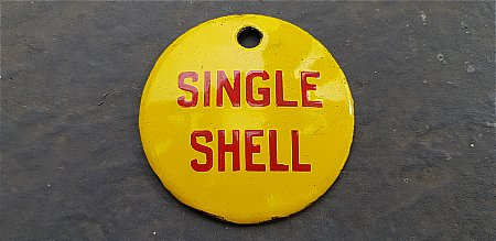 SINGLE SHELL OIL PLAQUE - click to enlarge