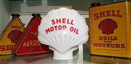 SHELL MOTOR OIL GLOBE - click to enlarge