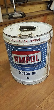AMPOL 4 GALLON AUSTRAILIAN OIL CAN. - click to enlarge