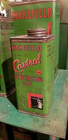 CASTROL QUART OIL CADDY. - click to enlarge