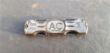A.C. TYRES KNIFE - click to enlarge