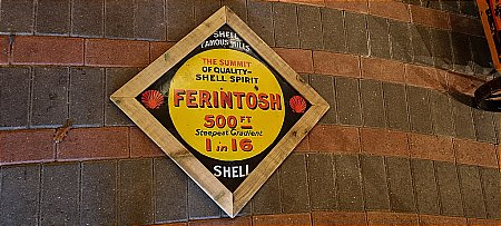 SHELL FAMOUS HILLS (FERINTOSH) - click to enlarge