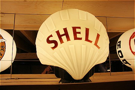 SHELL (SMALL RED) - click to enlarge