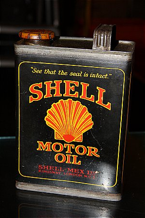 SHELL (Black) MOTOR OIL (Half gallon)  - click to enlarge