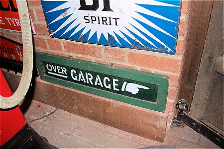 GARAGE (OVER) - click to enlarge