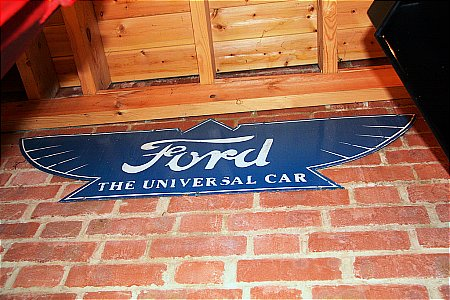 FORD UNIVERSAL - click to enlarge