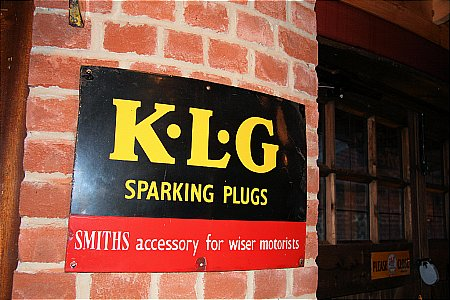KLG & SMITHS - click to enlarge