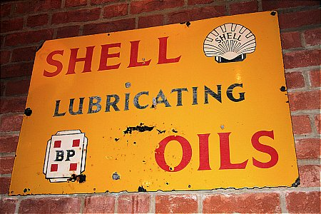 SHELL & B.P.OILS - click to enlarge