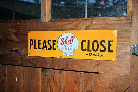 "SHELL ""PLEASE CLOSE"" - click to enlarge"
