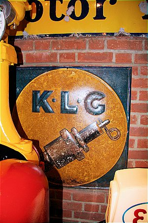 K.L.G. PLUGS - click to enlarge