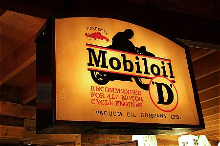 "MOBILOIL ""D"" - click to enlarge"