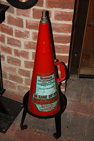 MINIMAX FIRE EXTINGUISHER - click to enlarge