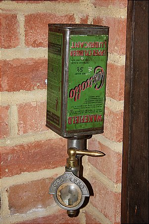 CASTROLLO CAN DISPENSER - click to enlarge