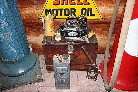 LUCHARD AIR COMPRESSOR - click to enlarge